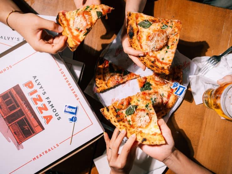 Alvy's披萨 © TiNDLE
