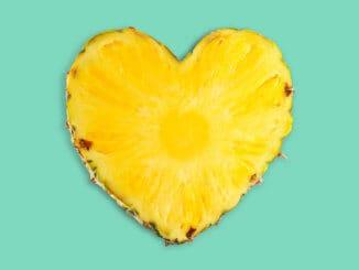 Pineapple love heart