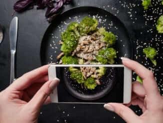 food - social media