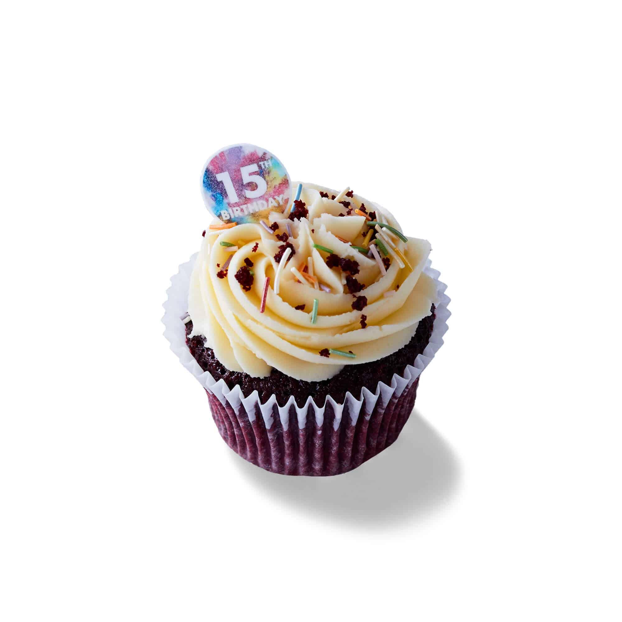 LEON Birthday cupcake
