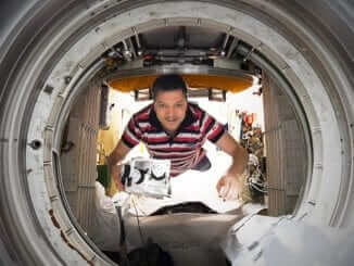 Cosmonaut Oleg Kononenko on board of the International Space Station during the first experiment with 3D bioprinter_December 2018