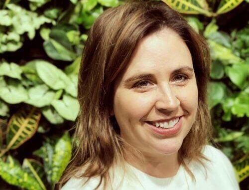 Dr Jeanette Fielding