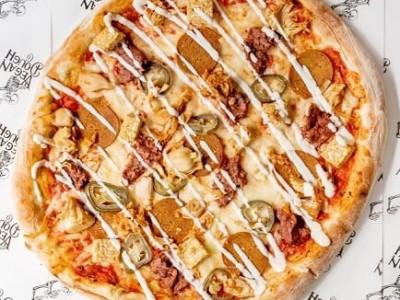 Love Seitan pizza