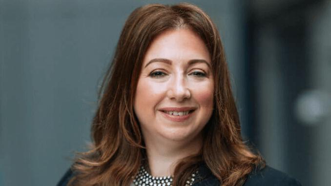 Sara Roberts – founder Healthy Nibbles