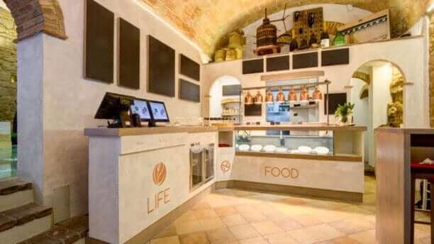 LIfe Bistrot Restaurant