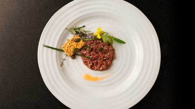 mosa-meat-steak-tartare