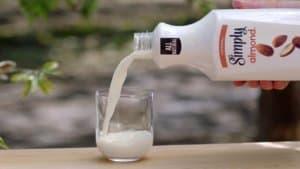 Simply-Almond-Milk-1